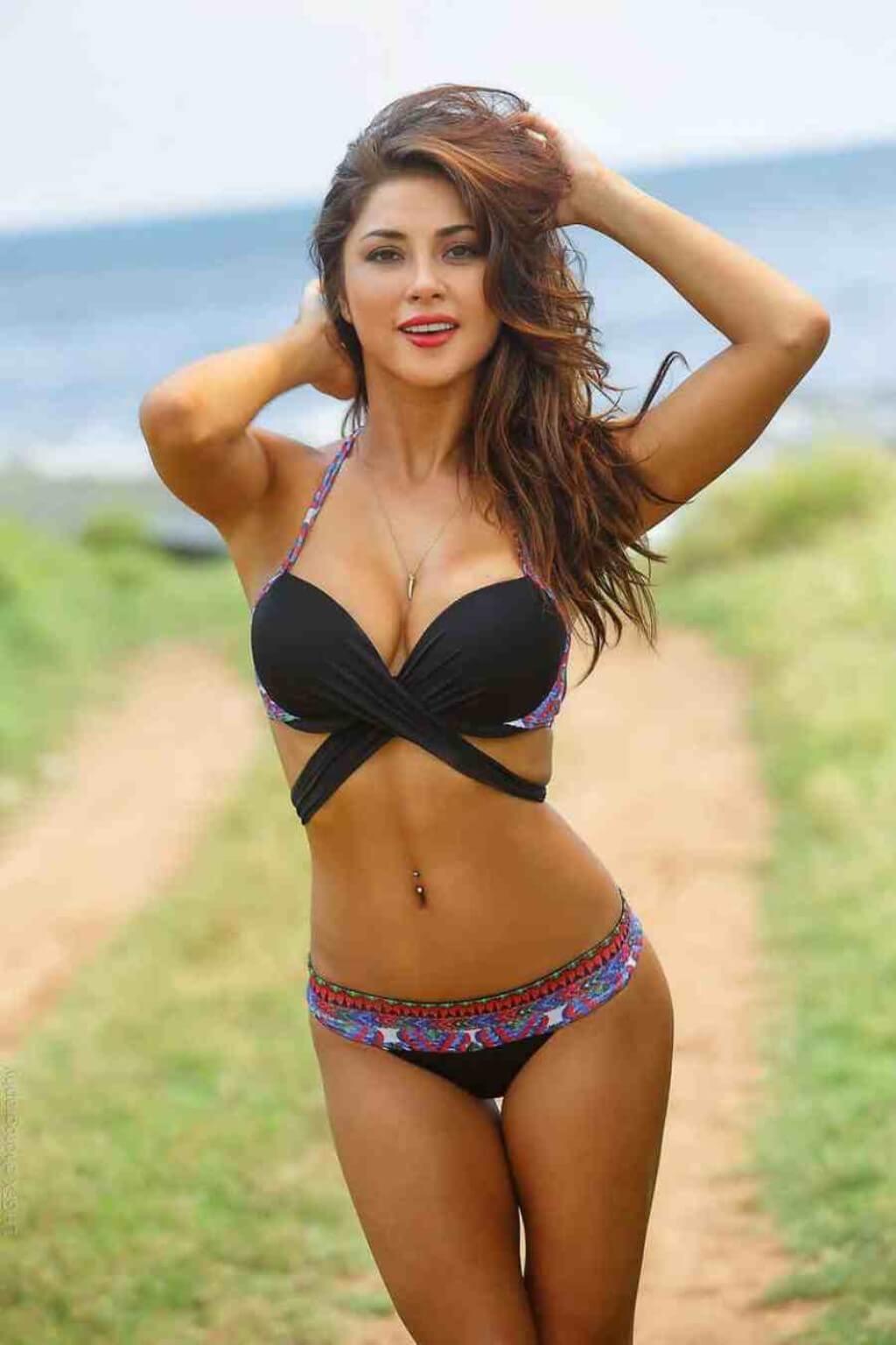 Chandella Powell Nude Sexy