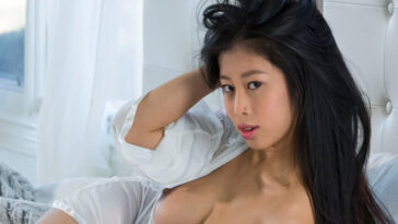 Top 20: Sexiest & Best Asian Pornstars (2021)